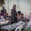 Des malades du choléra reçoivent un traitement dans un centre à Cap-Haïtien en Haïti (archive).