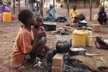 Deux enfants de la région de Yei au Soudan du Sud ont trouvé refuge en République démocratique du Congo (archives). Photo HCR/Andreas Kirchof