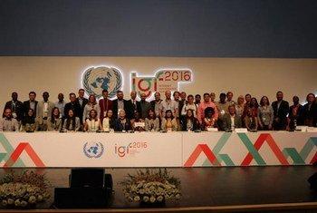 Участники XI Форума по вопросам управления Интернетом