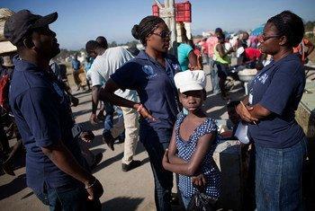 ЮНИСЕФ в Гаити помогает жертвам сексуальнх посягательств Фото ЮНИСЕФ/Марко Дормино