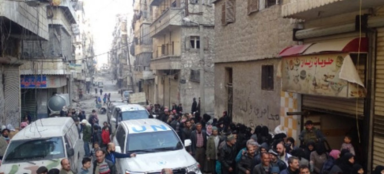 Переселенцы из Алеппо получают помощь Всемирной продовольственной программы Фото ВПП/Аль Хомш