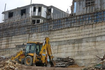 Construcción de asentamientos en Cisjordania. Foto:  Annie Slemrod/IRIN