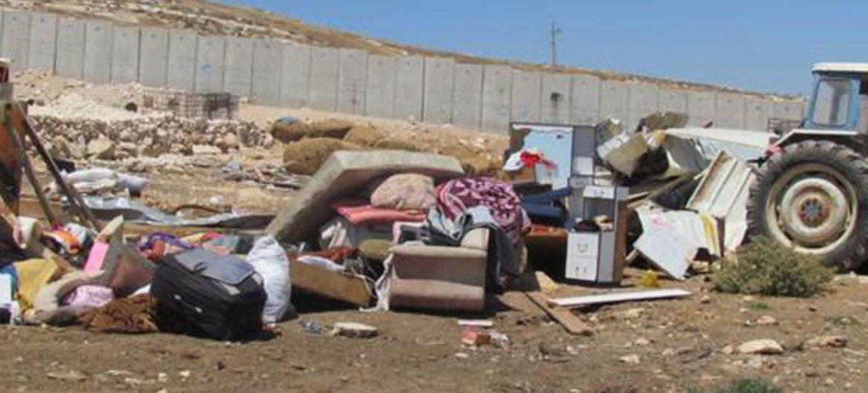Разрушение палестинских поселений.  Фото  Управления  ООН  по координации гуманитарных вопросов
