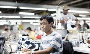 Миллионы трудящихся-мигрантов попадают в кабалу и трудятся в рабских условиях