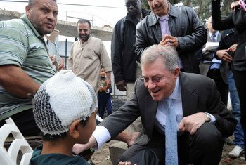 Robert Serry, UN Special Coordinator for the Middle East Peace Process and the Secretary-General's Personal Representative to the Palestine Liberation Organization and the Palestinian Authority from 2007 to 2015, on a visit to Gaza in November 2012.