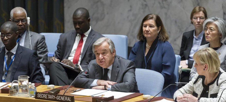 Генеральный секретарь ООН Антониу Гутерриш выступает на заседании Совета Безопасности. Фото ООН/Рик Бахорнас