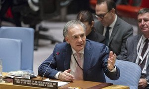 Special Representative for Colombia Jean Arnault briefs the Security Council.