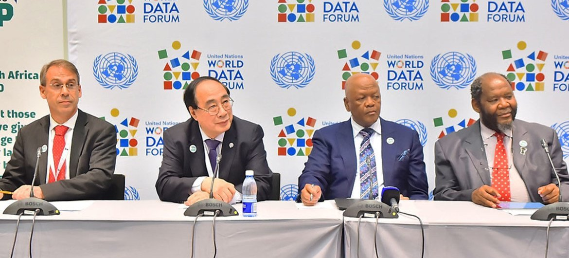 Wu Hongbo, UN Under-Secretary-General for Economic and Social Affairs (2nd left), addresses members of the media at the UN World Data Forum in Cape Town, South Africa.