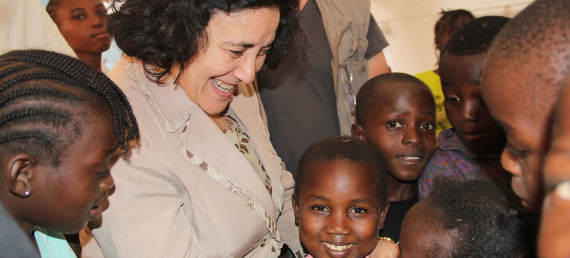 Special Representative for Children and Armed Conflict Leila Zerrougui in Central African Republic, meeting with children affected by the conflict in 2013.