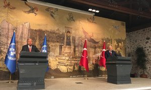 Secretary-General António Guterres (left) at a press conference in Istanbul with (right) Prime Minister Binali Yildirim of Turkey.