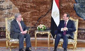 Secretary-General António Guterres (left) meets with President Abdel Fattah el-Sisi of Egypt in Cairo.