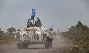 Des véhicules de la Mission des Nations Unies en République démocratique du Congo (MONUSCO) en patrouille. Photo MONUSCO/Sylvain Liechti
