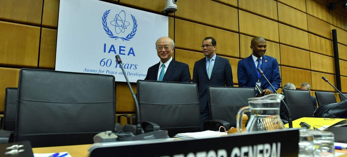 IAEA Director General Yukiya Amano (left) arrives for the 1453rd Board of Governors Meeting. IAEA, Vienna, Austria, 6 March 2017.