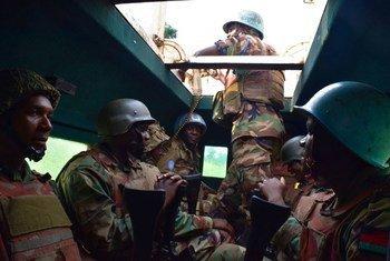 من الأرشيف -قوات بعثة الأمم المتحدة لحفظ السلام في جمهورية الكونغو الديمقراطية. المصدر مونوسكو / آن هيرمان