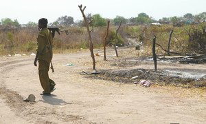 An armed individual in the town of Pibor, in Jonglei state. Pibor has seen violent clashes and confrontations that have resulted in displacement as well as destruction of livelihood and property. (File photo)