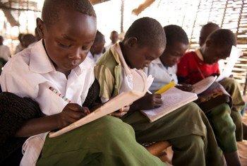 Watoto wakiwa darasani nchini Sudan Kusini