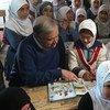 الأمين العام للأمم المتحدة أنطونيو غوتيريش في مخيم الزعتري للاجئين في الأردن. المصدر: ستيفان دوجاريك