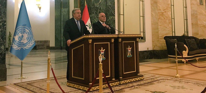 古特雷斯秘书长3月30日在伊拉克首都巴格达与该国总理阿巴迪(Haider al-Abadi)共同举行记者会。