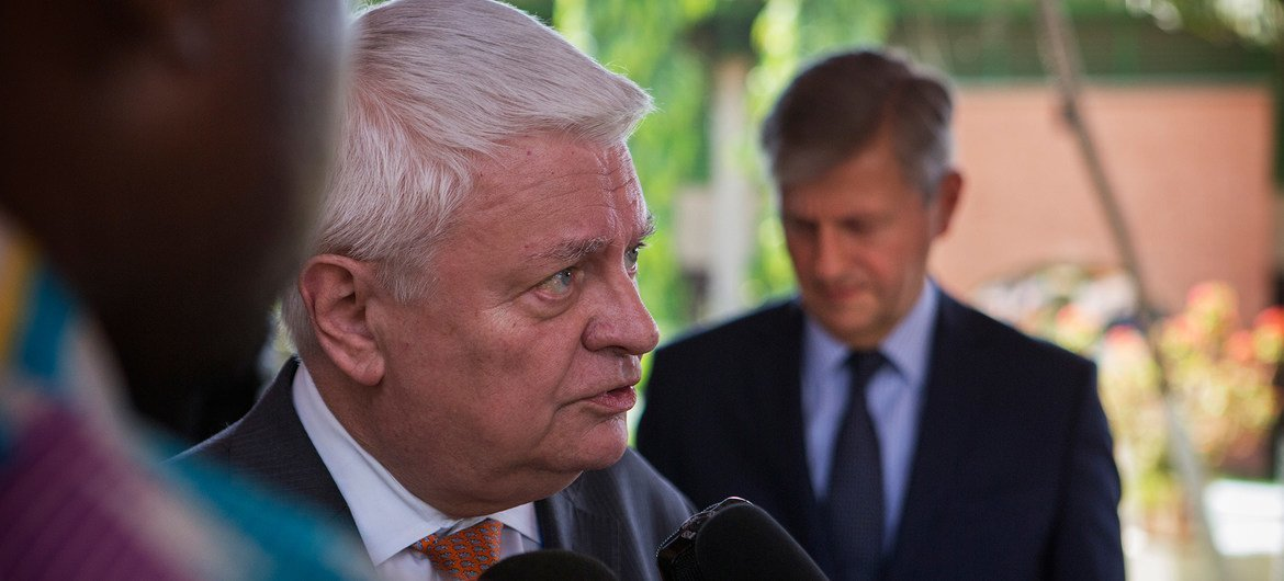 Under-Secretary-General for Peacekeeping Operations Hervé Ladsous speaks to journalists in Bamako, Mali, during his visit.