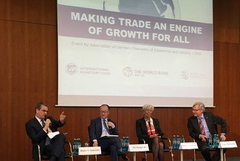 """From left: WTO Director-General Roberto Azevêdo, World Bank President Jim Kim, IMF Managing Director Christine Lagarde and CEO of the German Chambers of Commerce Martin Wansleben at the launch in Berlin of a study entitled """"Making Trade an Engine of Growth for All."""""""