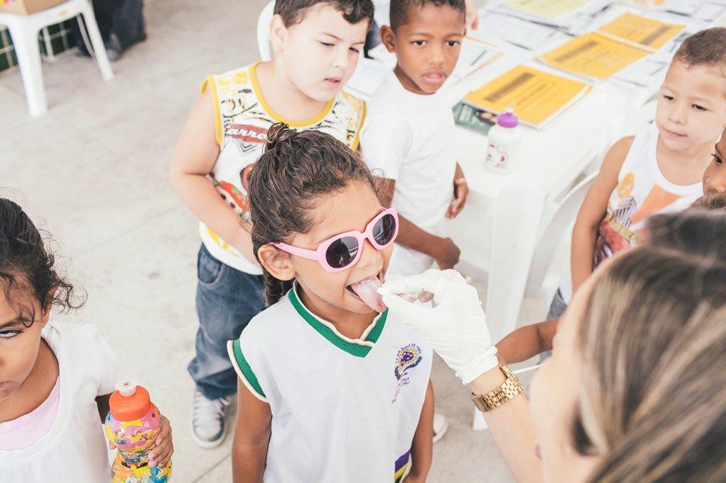 حملة مدرسية متكاملة من أجل الكشف عن الجذام والتراخوما العينية والبلهارسيات والوقاية منها والقضاء عليها في البرازيل