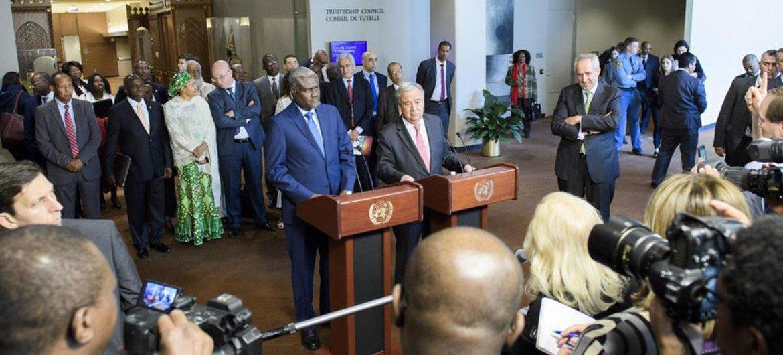 الأمين العام أنطونيو غوتيريش ورئيس مفوضية الاتحاد الأفريقي موسى فكي محمد