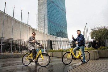Ações como criar faixas para ciclistasem Nova Iorque foram exemplos dados pela OMS.