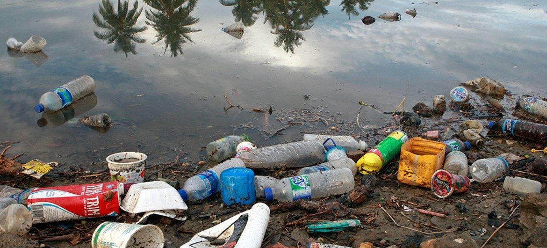 Foto ONU: Martine Perret - Em 2016, o país asiático importou 8 milhões de toneladas de plástico.