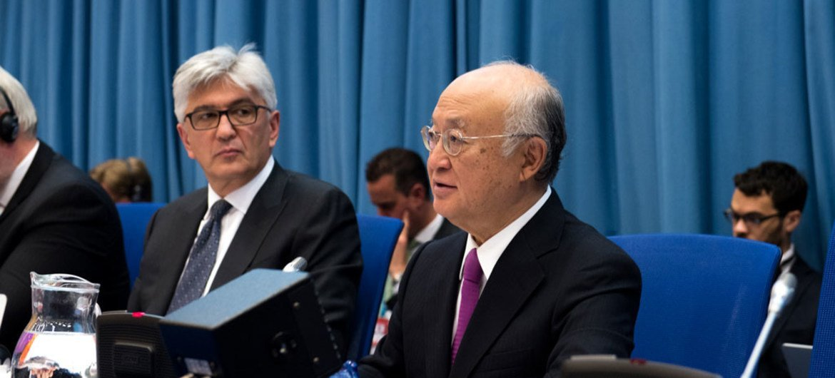 IAEA Director General Yukiya Amano (right) addresses the Preparatory Committee for the 2020 Review Conference of the Parties to the Treaty on the Non-Proliferation of Nuclear Weapons (NPT).