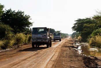 南苏丹特派团车辆在行驶中。
