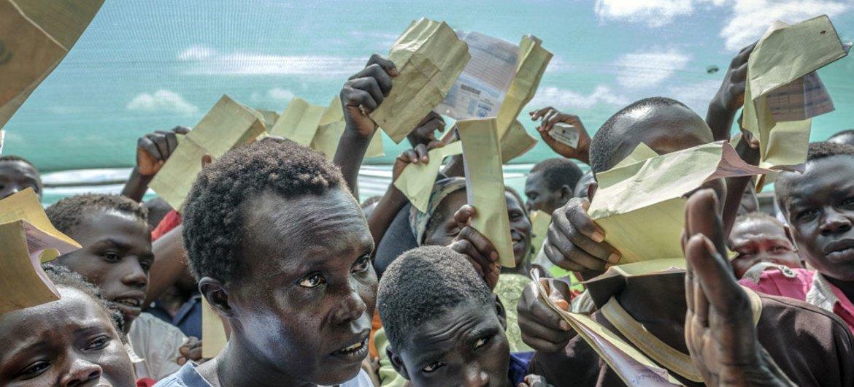 патио беженцы из судана фото денин отправится колонию