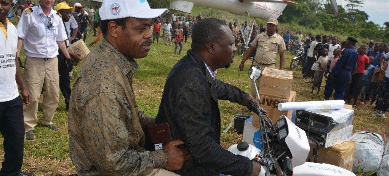 Representantes del Ministerio de Sanidad de la República Democrática del Congo, la OMS y UNICEF durante el brote de ébola del año 2017.