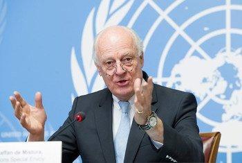 El enviado especial de la ONU para Siria, Staffan de Mistura, comenzó hoy en Ginebra una nueva ronda de diálogo con las partes enfrentadas en Siria. Foto: ONU/Violaine Martin