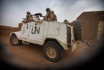 Soldados de paz da Minusma nas ruas de Kidal, no Mali