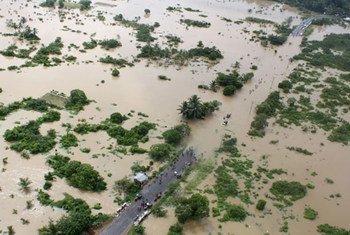 南亚洪水灾区。联合国资料图片
