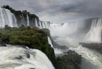 Las Cataratas del Iguazú, en América Latina.