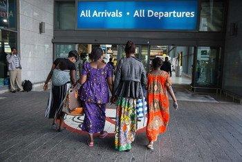 Конголезские беженцы переехали во Францию по программе УВКБ по переселению  наиболее уязвимых беженцев. Фото: УВКБ / Д. Отавей