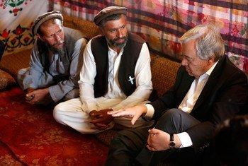 Le Secrétaire général de l'ONU António Guterres en visite en Afghanistan pour montrer sa solidarité avec le peuple afghan. Photo MANUA/Fardin Waezi