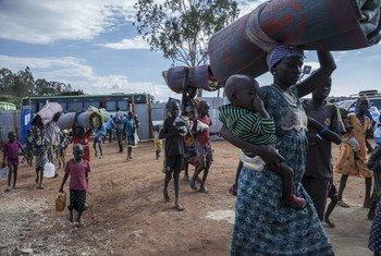 Беженцы из Южного Судана. Фото УВКБ/Дина Диаз
