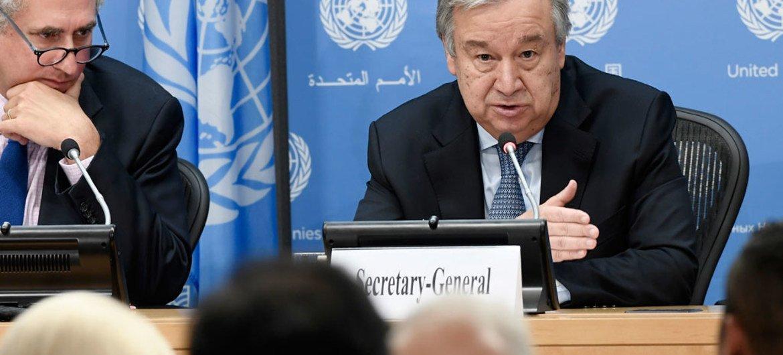 António Guterres, Secretario General de la ONU, en una rueda de prensa. Foto: ONU/Evan Scheider