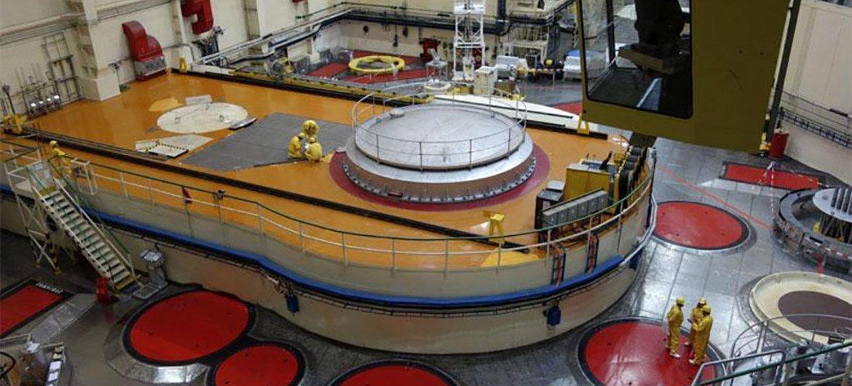 Инспекторы МАГАТЭ регулярно проводят проверки ядерных объектов в странах-участниках ДНЯО, чтобы убедиться в том, что они используются исключительно в мирных целях.
