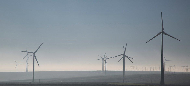 欧洲的一个风能发电项目。世界银行图片