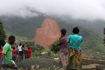 الانجرافات الأرضية في سيراليون.