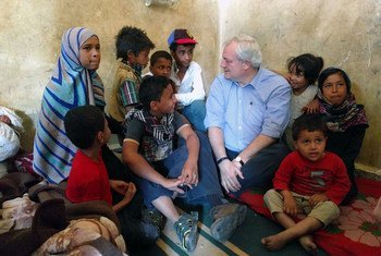 During a visit to Yemen earlier this year, USG O'Brien speaks with Mariam (left), 13, and her siblings, who were displaced from Taizz city. Mariam is now the head of the household, living in a school in Ibb, which is home to 17 families.