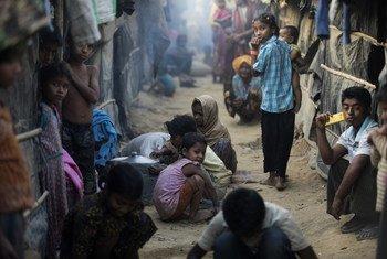 Refugiados Rohingya que huyeron de Myanmar a Bangladesh. Foto: ACNUR/Saiful Huq Omi