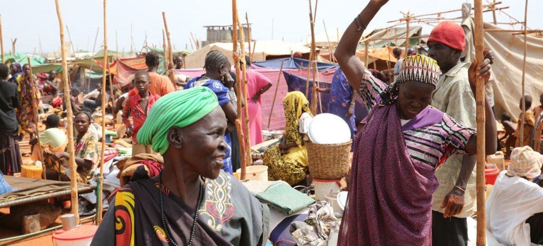 Desplazados de Sudán del Sur en un campamento de Naciones Unidas. Foto: Nektarios Markogiannis/UNMISS