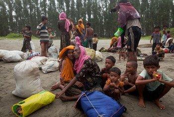 В Бангладеш уже прибыло полмиллиона беженцев из Мьянмы Фото ЮНИСЕФ/Браун