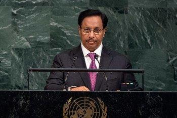 Prime Minister Sheikh Jaber Al-Mubarak Al-Hamad Al Sabah of the State of Kuwait addresses the general debate of the General Assembly's seventy-second session.