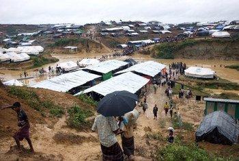 Des réfugiés rohingyas au site de Kutupalong, au Bangladesh. Photo HCR/Keane Shum