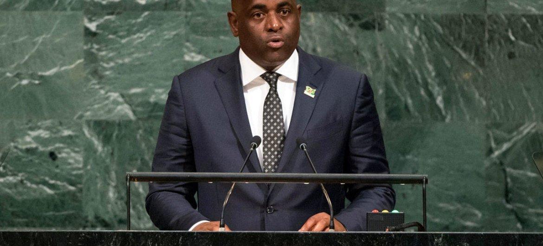 Roosevelt Skerrit, primer ministro de Dominica, en la Asamblea General de la ONU. Foto: ONU/Cia Pak